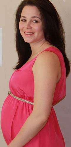 Op deze foto ben ik 15 weken en 4 dagen zwanger van mijn 2e zoontje.