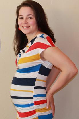 Het was niet makkelijk om zwanger te geraken, maar na 4 en een halve maand is het ons eindelijk gelukt. Hier sta ik op de foto bij 17 weken en 4 dagen zwanger.